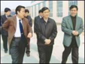 省委副書記黃遠志在市總經理一行來我公司考察